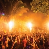 RonWorobec_Fire-Totems-Behind-Crowd